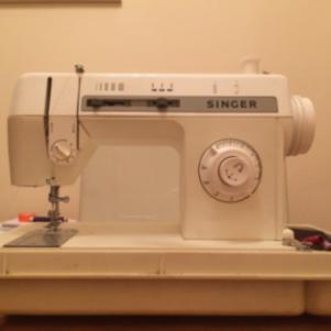 Ραπτομηχανη SINGER 2604