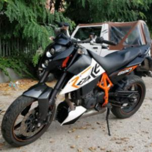 KTM Duke R 690