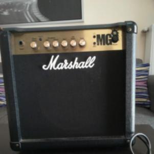 Ενισχυτής Marshall MG15