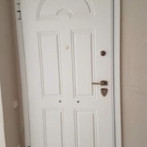 Πόρτα ασφαλειας