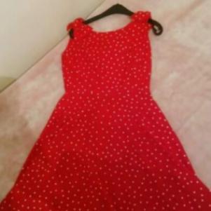 Κόκκινο πουα φόρεμα