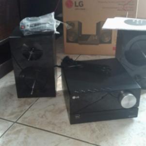 Ηχοσυστημα LG CM2460