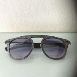 CATUMA carbon gray granite eyewear