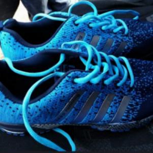 Πωλείται αθλητικο παπούτσι