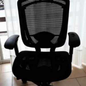 Διευθυντική καρέκλα γραφείου CONTESSA by SATO