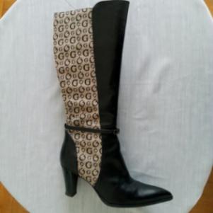 Μπότες GUESS