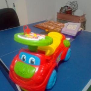 Clementoni περπατουρα αυτοκινητακι