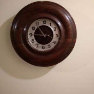 Ρολόι τοίχου, κουρδιστό - Αντίκα