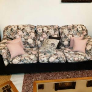 Καναπές 3 κομμάτια  και 3 κομμάτια  τραπεζάκια σαλονιού