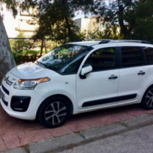 Πωλείται πολυμορφικό αυτοκίνητο σε άριστη κατάσταση