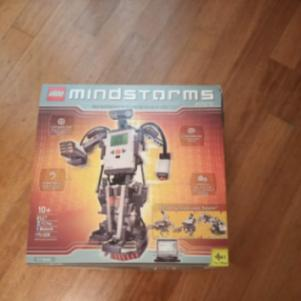 Lego Mindstorms NXT 2.0 ROBOTIC KIT (8751)