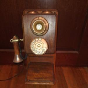 Τηλέφωνο αντίκα εποχής 1920