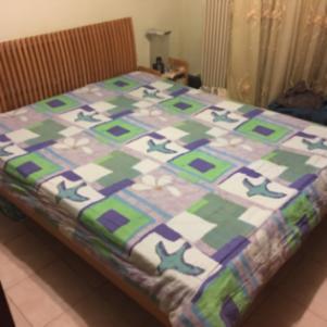 Υπέρδιπλο κρεβάτι μαζί με στρώμα