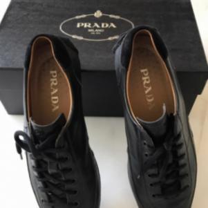 Παπούτσια PRADA