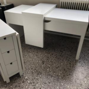 Γραφείο-Συρταριέρα