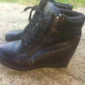 Μαύρα Glitter Wedge Sneakers