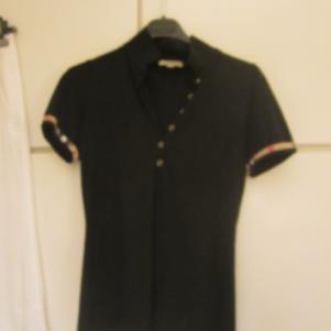 Burberry Μαύρη Κοντομάνικη Μπλούζα μέγεθος
