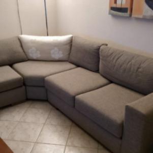 Πενταθεσιος Καναπές