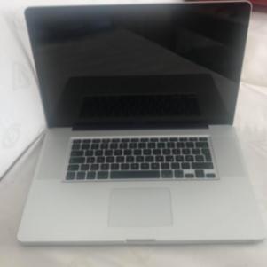 Apple MacBook Pro (17-inch)