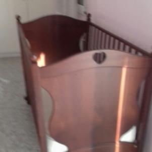 Παιδικό κρεβατάκι