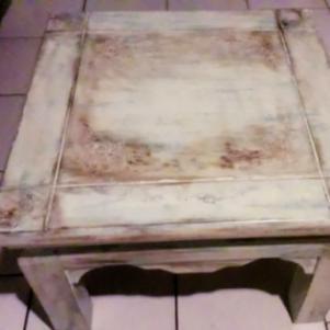 Τραπέζι ξύλινο χειροποίητο