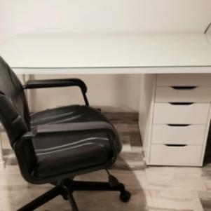 ΓΡΑΦΕΙΟ + δερμάτινη καρέκλα
