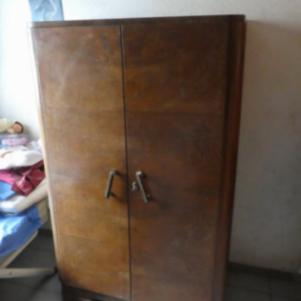Συρταριέρα/ντουλάπα