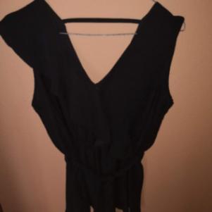 Μαύρη Μεσατη Μπλουζα