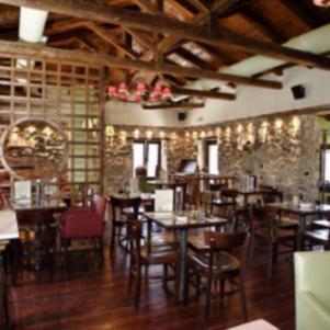 Πωλείται καφέ μπαρ αναψυκτηριο στη Δημητσάνα