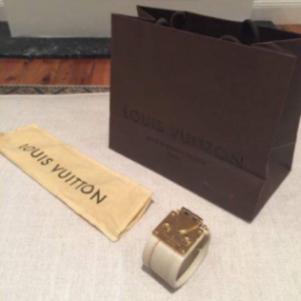 Louis Vuitton  s-lock authentic bracelet small size