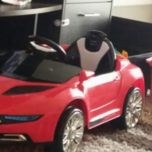 Παιδικο μηχανοκινητο αμαξι